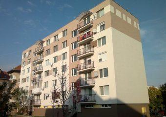 Fasády - Zateplenie bytového domu, Modra - obrázok 3