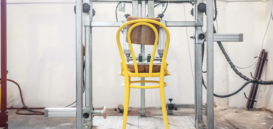 Ako vzniká stolička TON - 05 - Testovanie